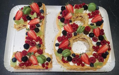 18 genoise fruits rouges